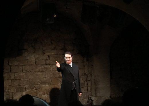 hugo l'interview critique avis blog théâtre essaion paris victor hugo Yves-Pol Denielou