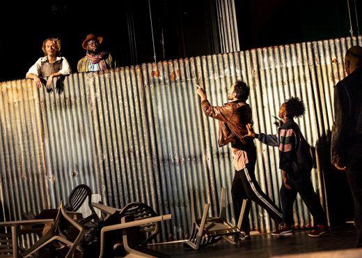 l'homme de la manche théâtre paris Chatelet comédie musicale quatrième mur blog théâtre critique avis que voir à Paris